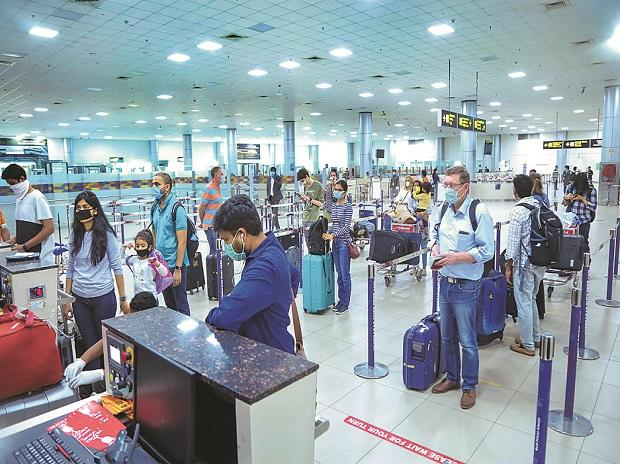 GMR readying itself to take on Adani for leadership in India's airports biz