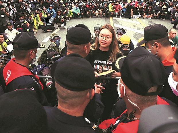 Student leader Panusaya Sithijirawattankul, thailand protests, anti-govt