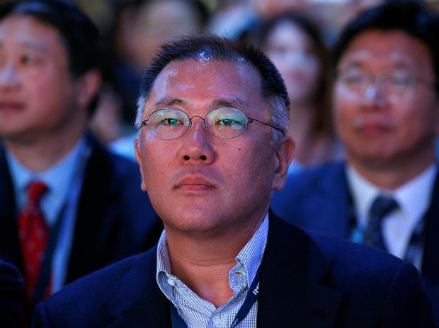 File photo of Euisun Chung attending 2017 New York International Auto Show in New York City. Photo: Reuters
