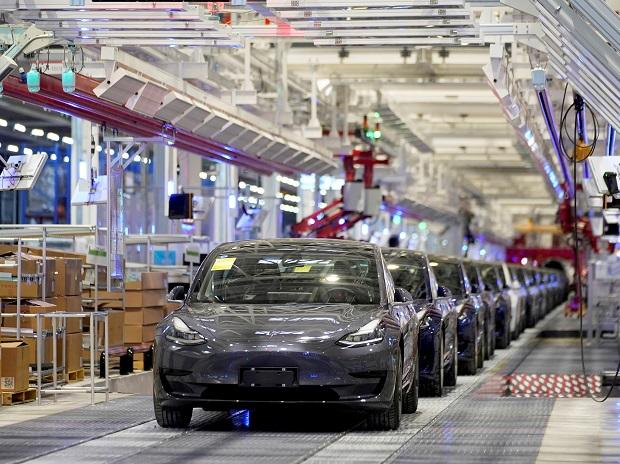 Tesla China-made Model 3 vehicles are seen during a delivery event at its factory in Shanghai. Photo: Reuters