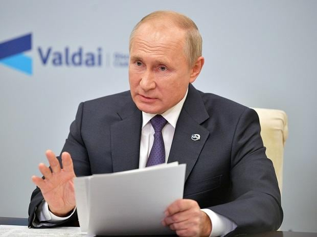 Russia's President Vladimir Putin speaks at a meeting. Photo: Reuters