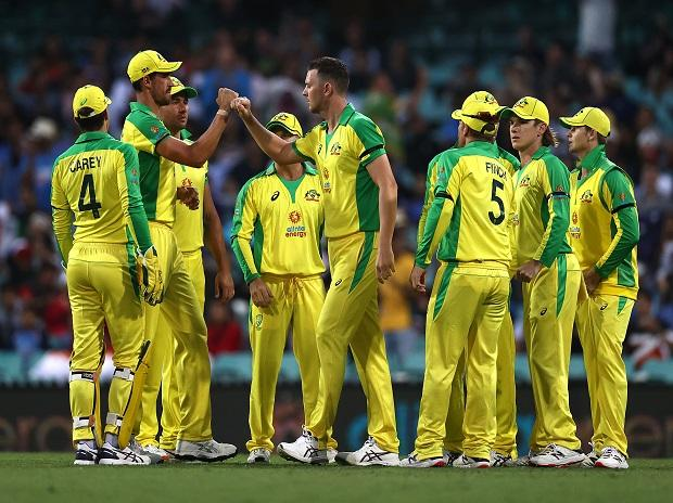 India Vs Australia 1st Odi Highlights Australia Beats India By 66 Runs Business Standard News