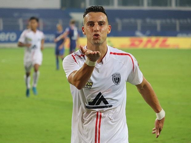 Machado's twin strike help NorthEast salvage 2-2 draw against Bengaluru