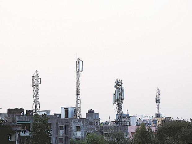 Indian Navy's reluctance to vacate spectrum likely to delay 5G auction