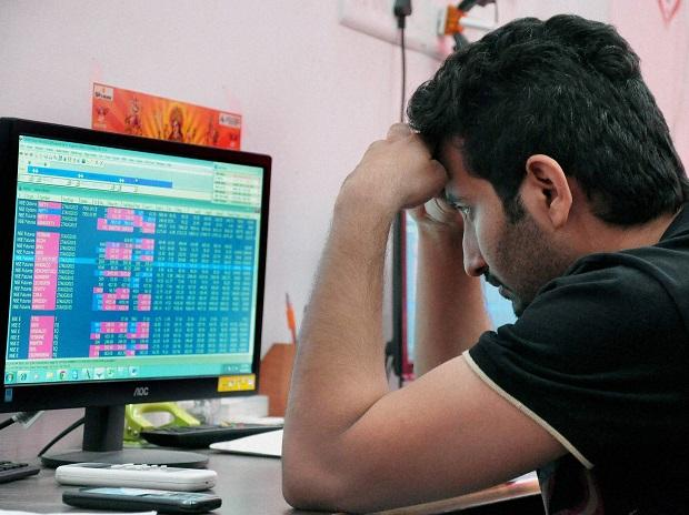 MARKETS: Financials, IT stocks drag Sensex 400 pts down; Nifty tests 14,900
