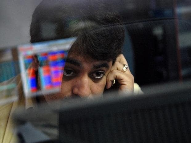 MARKET LIVE: Indices at day's low; Sensex dips 400 pts, Nifty below 14,300