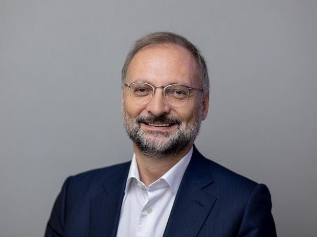Olivier Sevillia, Capgemini COO