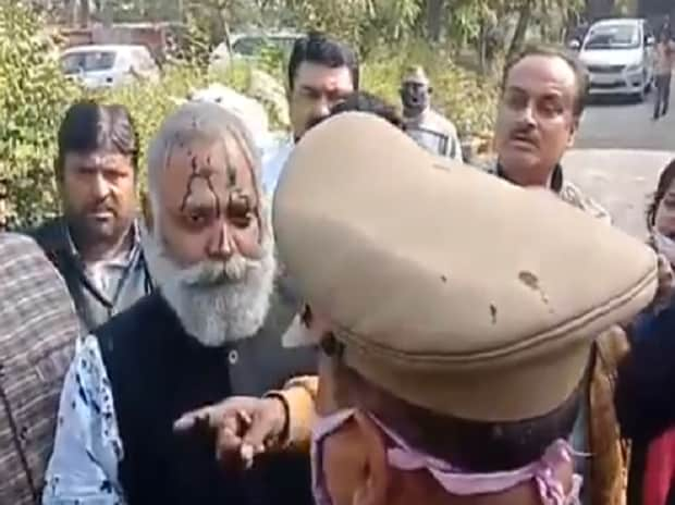 APP MLA Somnath Bharti arrested in UP for his remarks, ink thrown at him