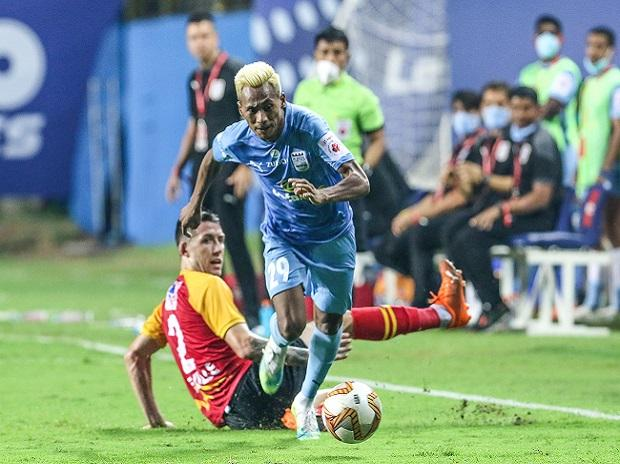 Mumbai City pip East Bengal, open up five-point lead at top in ISL