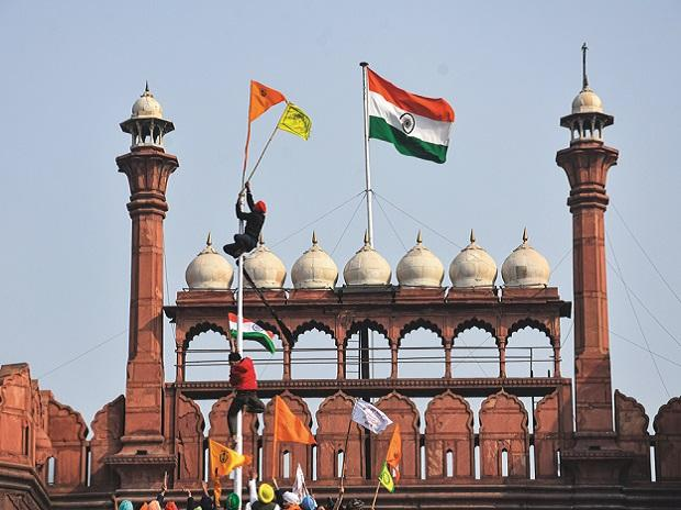 farmers' protests, red fort