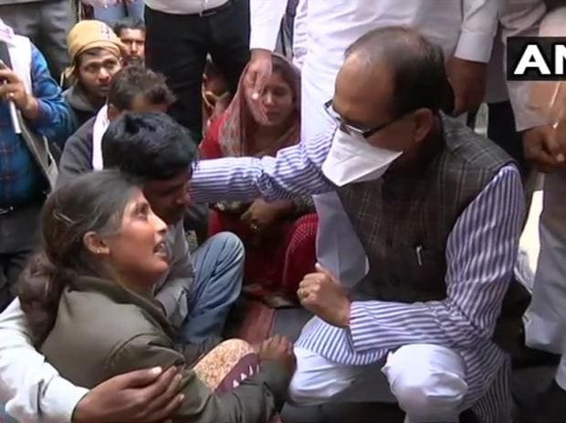 Madhya Pradesh: CM Shivraj Singh Chouhan arrives at Rampur Naikin in Sidhi district to meet the families of the people who died in Sidhi bus accident yesterday. Photo: ANI