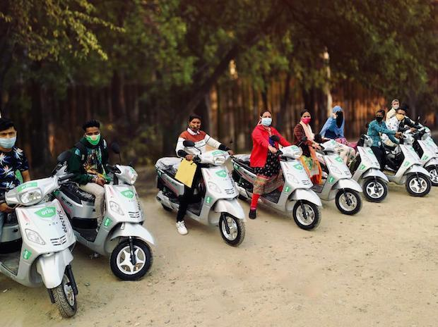 One of the partners is Hero Electric. The Nyx series from India's largest electric two-wheeler company is rugged and long-lasting, offering enhanced power and an extended driving range of up to 150 km per charge.
