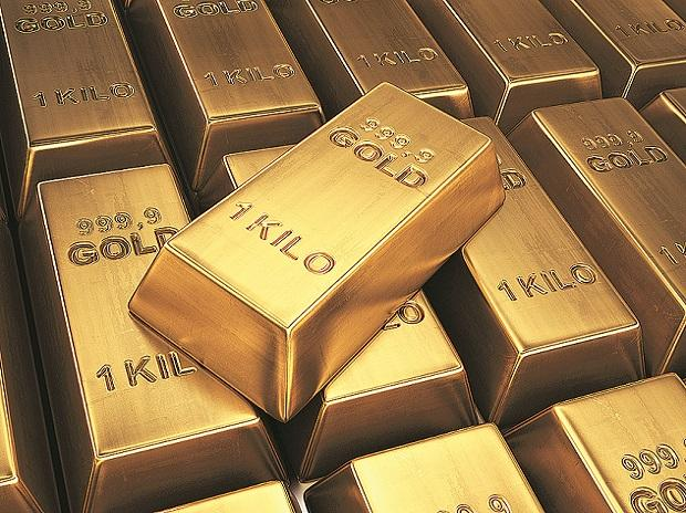 India gold lenders cut tenor, seek more collateral as prices plunge thumbnail