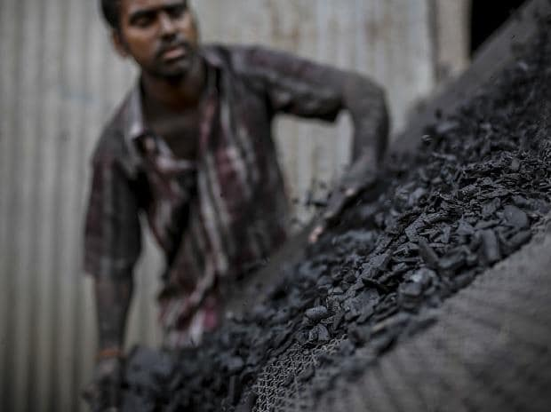 Govt looks at easing coal stock rules to address fuel shortage