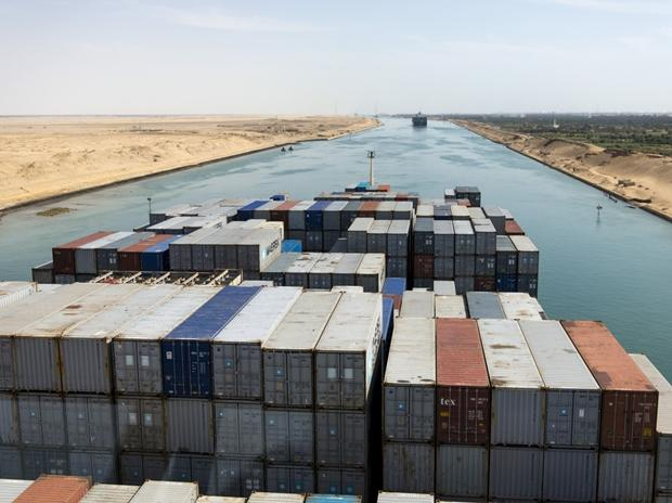 Centre chalks out four-point strategy to clear Suez Canal blockage