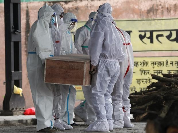 How India's devastating 2nd coronavirus wave has hit its urban affluent