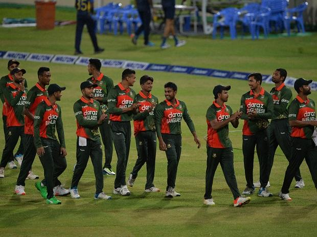 Scrappy Bangladesh stay alive in T20 World Cup with 26-run win over Oman