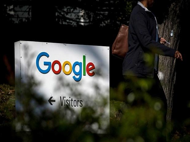 """Last year, 2,352 employees were paid more """"across nearly every demographic category,"""" according to Google. (Photo: Bloomberg)"""