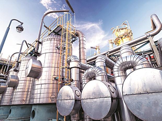 Oil refineries, OMCs, oil marketing companies