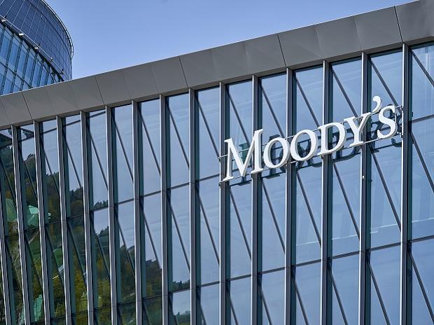 Moody's upgrades outlook on Indian banking from 'negative' to 'stable'