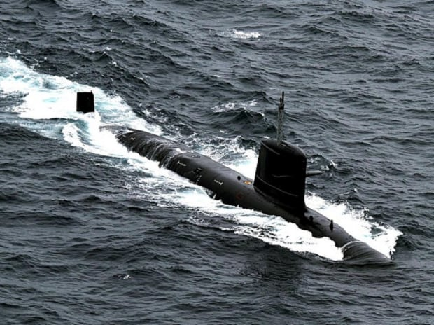 Pakistan Navy claims it blocked Indian submarine from entering its waters