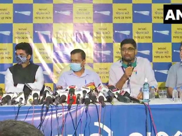 AAP will contest all seats in Gujarat in 2022 polls, says Kejriwal