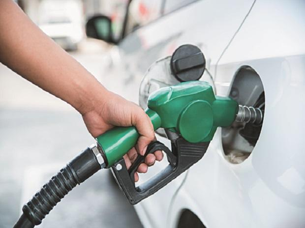 Petrol prices remain unchanged; here are the prices in your city today