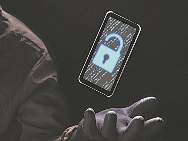 hacking, cyberfraud, cyber threat, security, privacy, phone tapping, surveillance