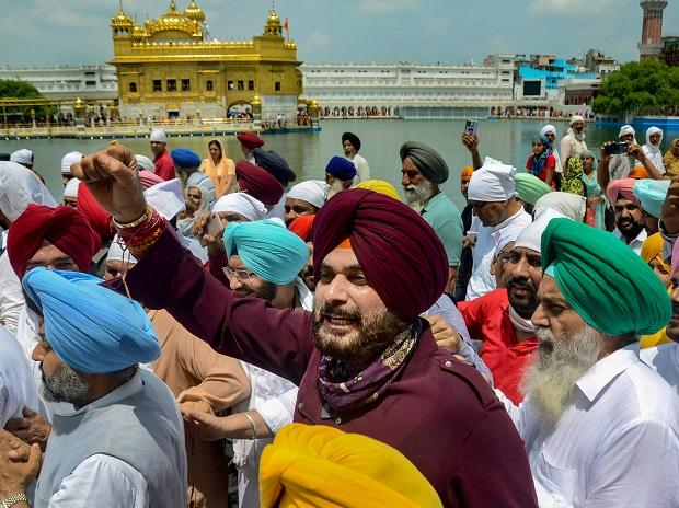 Sidhu to take charge as Punjab Cong chief on Friday, to invite CM for event