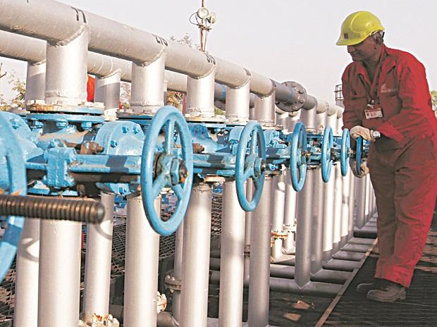 Global oil and gas investment will be 30% below pre-Covid level: ONGC