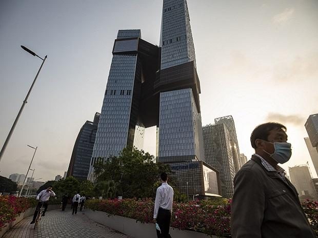 Tencent becomes world's worst stock bet with 0 billion wipeout