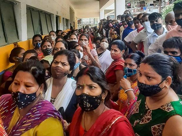 Coronavirus live updates: R-factor high in 8 states, says health ministry