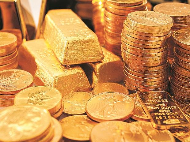Gold price today at Rs 46,300 per 10 gm, silver selling at Rs 60,600 a kg