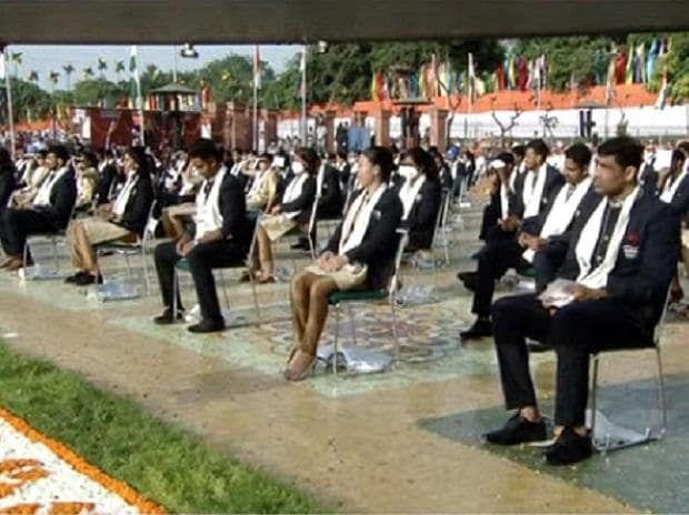 India's Olympic contingent, Independence Day