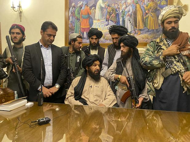 Taliban ramp up on social media, complicate things for Facebook, Twitter