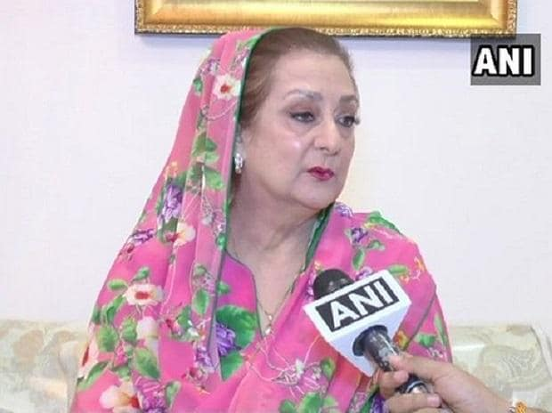 Saira Banu hospitalised due to low BP, doctor says doing fine now