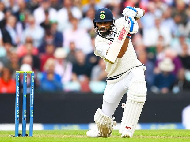 Dhoni's presence, eye for details will increase our confidence: Kohli