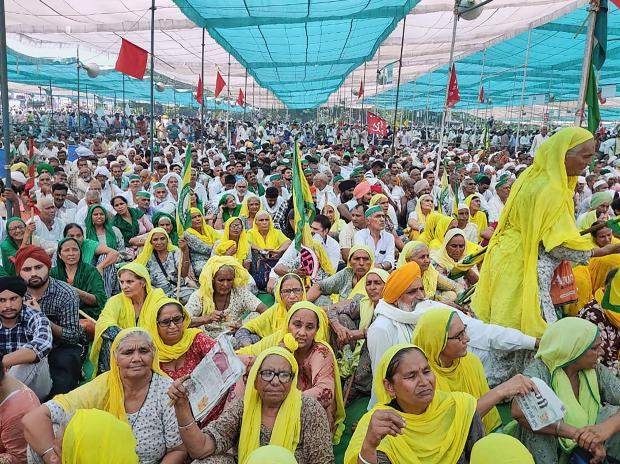 Several farmers converge for Kisan mahapanchayat' in Muzaffarnagar