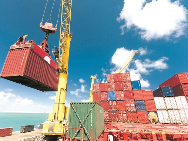 Exports rise 46% to .28 bn in August; trade deficit widens to .8 bn
