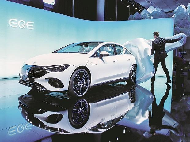 Daimler eqe
