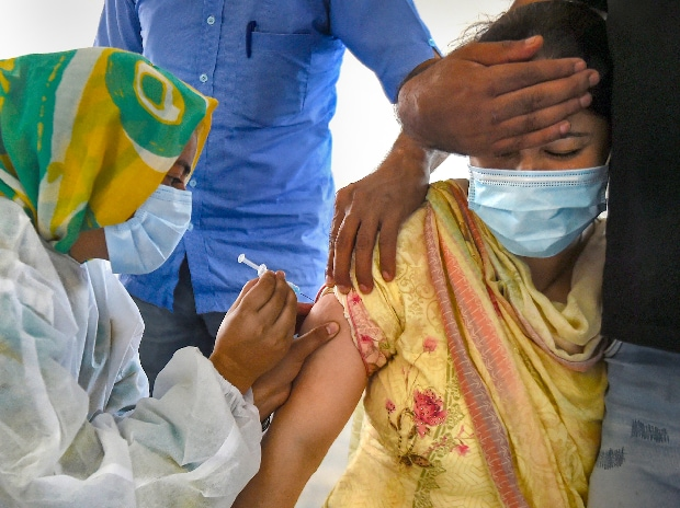 Coronavirus LIVE updates: 53.5% in 18-44 age group vaccinated in India