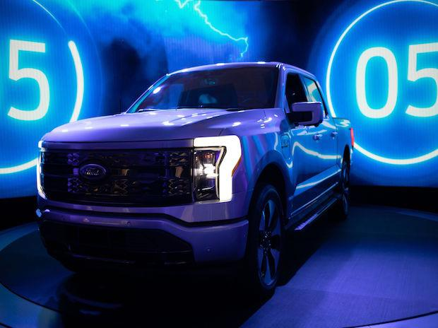 Ford, SK Innovations to invest .4 bn on electric truck, battery plants
