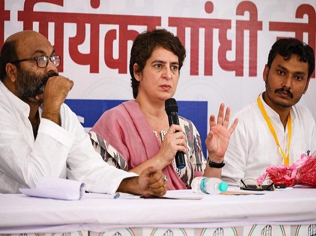 Pemerintah Adityanath bereaksi terhadap protes dengan kekerasan, penindasan: Priyanka thumbnail