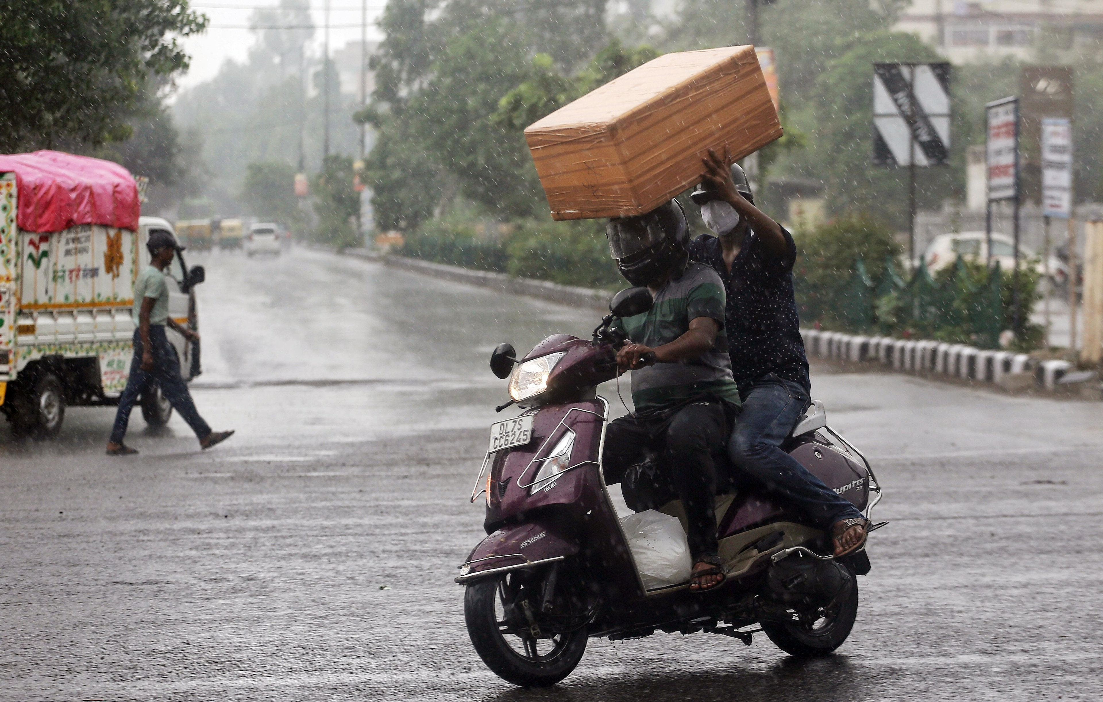 Cloud cover, patchy rains to keep mercury in check in Delhi: Met Dept India's sugar crop faces delays with COVID-19 raging throughout nation Nearly 480,000 kids infected with Covid-19 in US Sluggish improvement in global air passenger demand continue