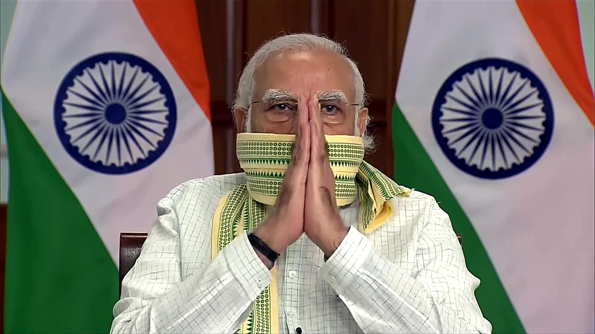 Khadi sales pick up on PM Modi's appeal, 1.9 million masks sold in 5 months