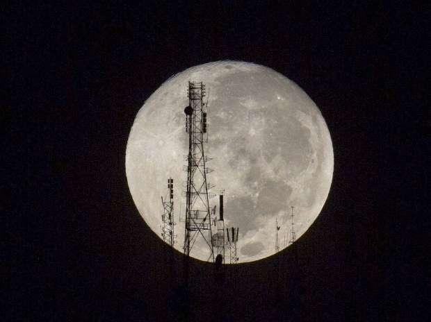 Super moon, Lunar eclipse, Sacramento, Haiti