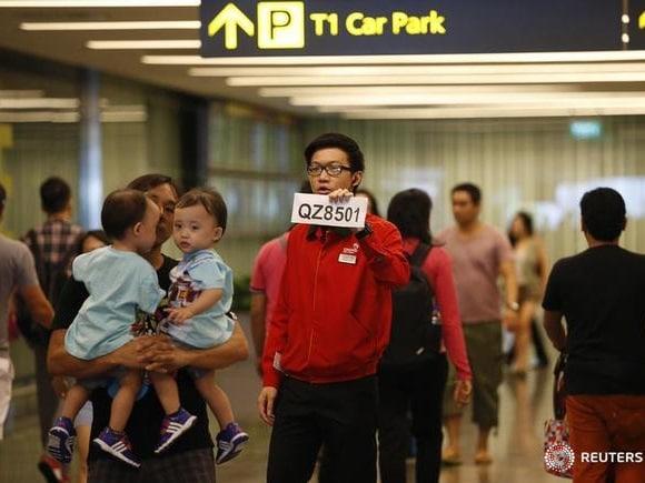AirAsia, Flight QZ8501, Changi Airport, Liow Tiong Lai