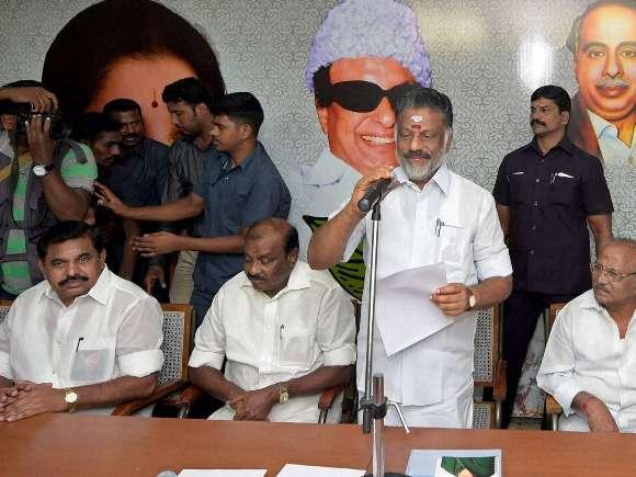 Jayalalithaa, AIADMK, Panneerselvam, Karnataka High Court