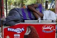 Deadly heat wave sears India