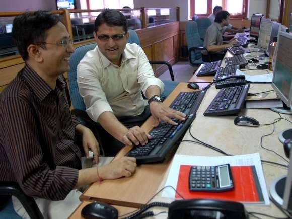 Investors, BSE, Sensex, Traders